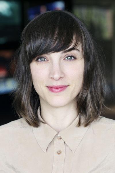 Ariane Cambron - Conseillère communication marketing