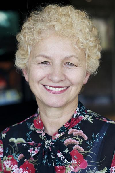 Alma Skora - Commis comptable